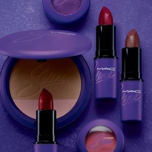 👾Mac cosmetics and Selena L.e. Lippy👾